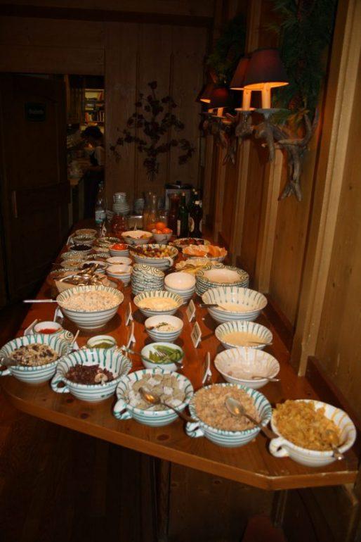 Frühstücks-Buffet im Spielweg